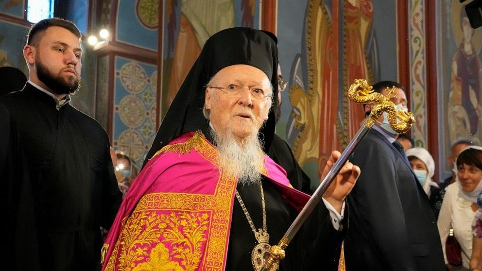 Constantinople Patriarch visits Ukraine for independence