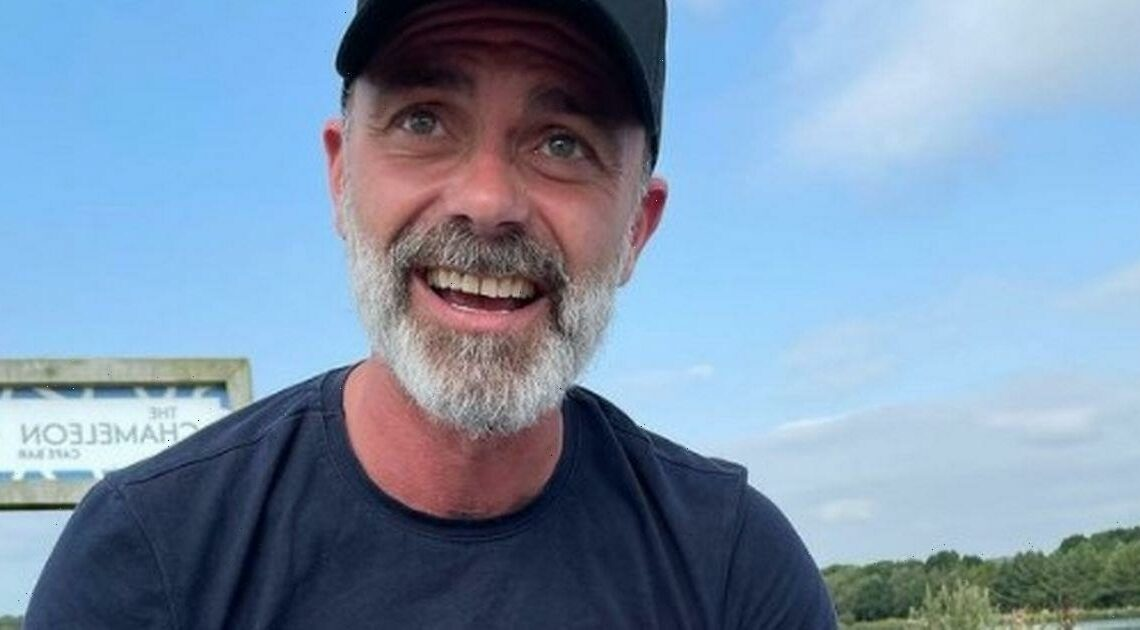 Corries Daniel Brocklebank has fans in stitches over saucy wardrobe malfunction