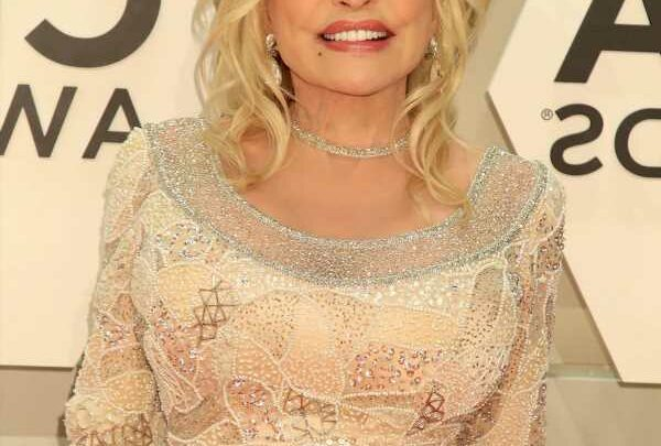 Dolly Parton supports Britney Spears: 'I went through a lot of that myself'