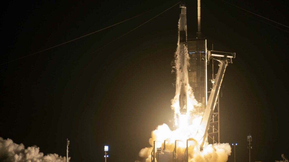 SpaceX launches ants, avocados and robots to the ISS aboard recycled Falcon rocket