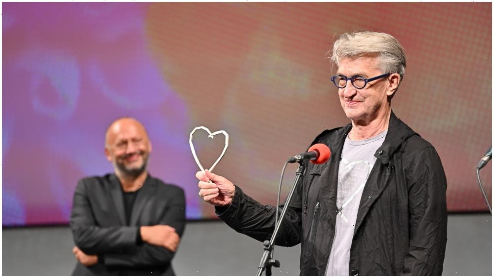 Wim Wenders Sounds Rallying Cry for Cinema in Face of Existential Crisis Posed by Pandemic, Streaming