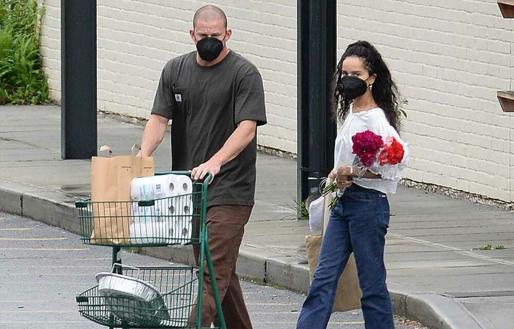 Zoë Kravitz clutches flowers on upstate getaway with Channing Tatum