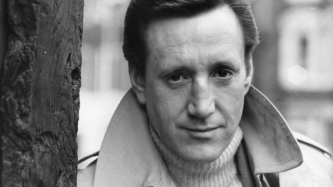 'Jaws' Star Roy Scheider Reluctantly Starred in 'Jaws 2' for 1 Reason