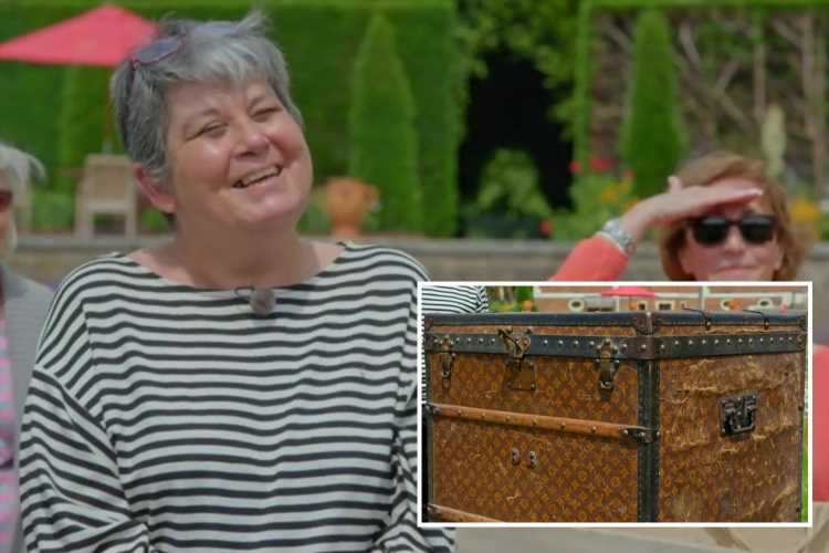 Antiques Roadshow guest stunned to learn value of Louis Vuitton trunk picked up for £12 after genius move