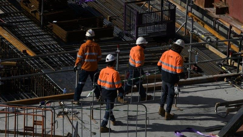 Mandatory jabs being considered for Victorian construction workers