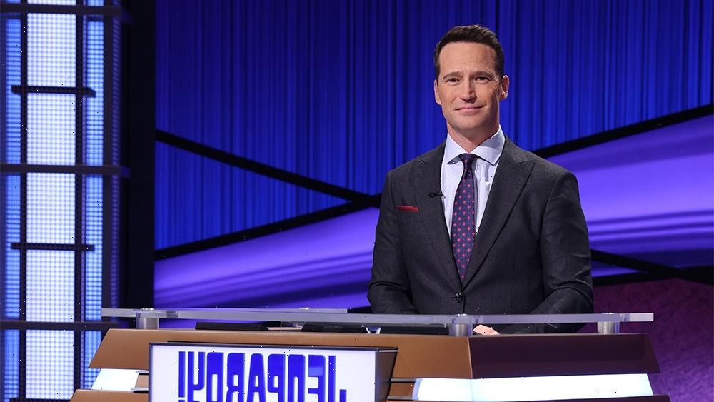 Mike Richards First Episode as Jeopardy! Host Makes No Mention of Scandal (Column)