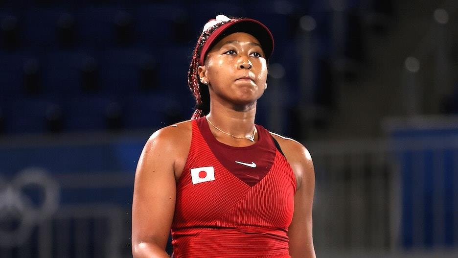 Naomi Osaka Ousted from US Open by 18-Year-Old Canadian in Round 3 of Grand Slam Return