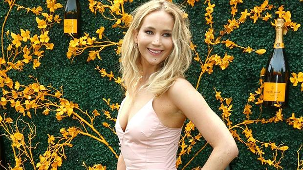Pregnant Jennifer Lawrence Shows Off Baby Bump For The 1st Time In Floral Overalls — Photos