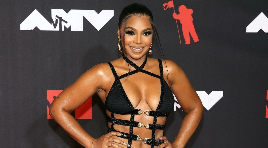 Sheesh, Ashanti Found the Be-All and End-All of Strappy Dresses For the VMAs