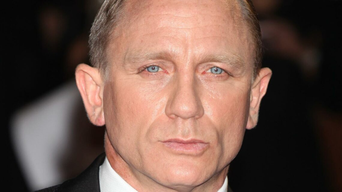 The Truth About Daniel Craigs Struggle With His James Bond Fame