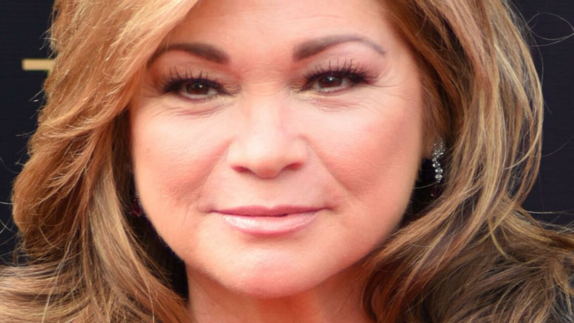 The Truth About Valerie Bertinelli's Struggle With Her Weight