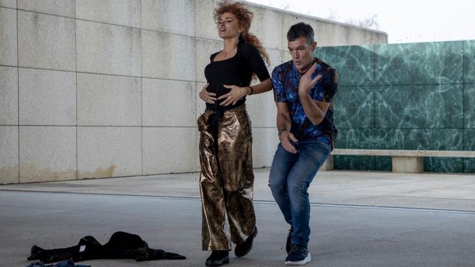 Venice Review: Penelope Cruz & Antonio Banderas In 'Official Competition'