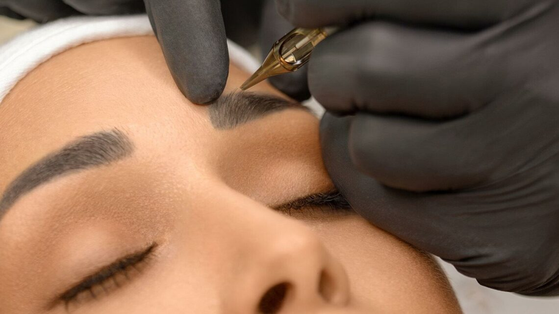 What Is Eyebrow Microblading? The Semi Permanent Brow Trend – What Is Microblading