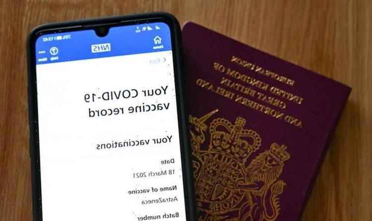 NHS Covid app goes down leaving travellers unable to prove vaccine status